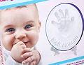Теперь и у Вас есть отличная возможность самостоятельно сделать и сохранить слепок ручек (отпечаток ладони) и  след ножек (отпечаток ступни) Вашего малыша.