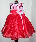 Эффектное пышное платье, красный с белым горох. Широкий пояс – лента
